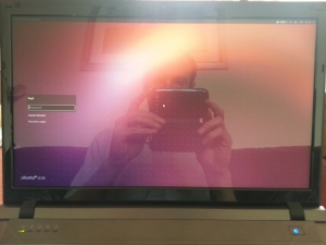 The Gazelle Pro glossy screen at the login prompt in bright sunlight